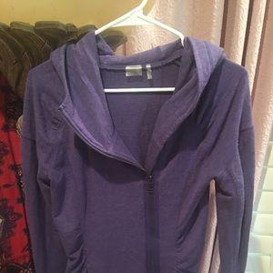 Zella zip up sweatshirt with pockets gently used